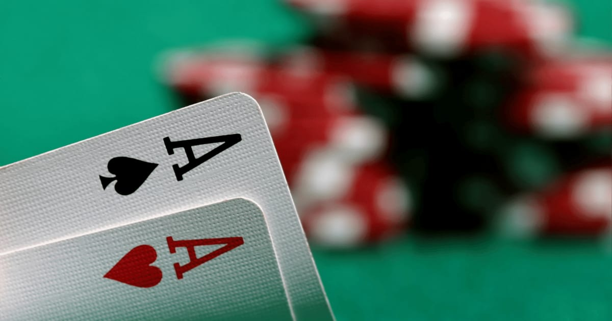 How to Play Ultimate Texas Hold 'em Online