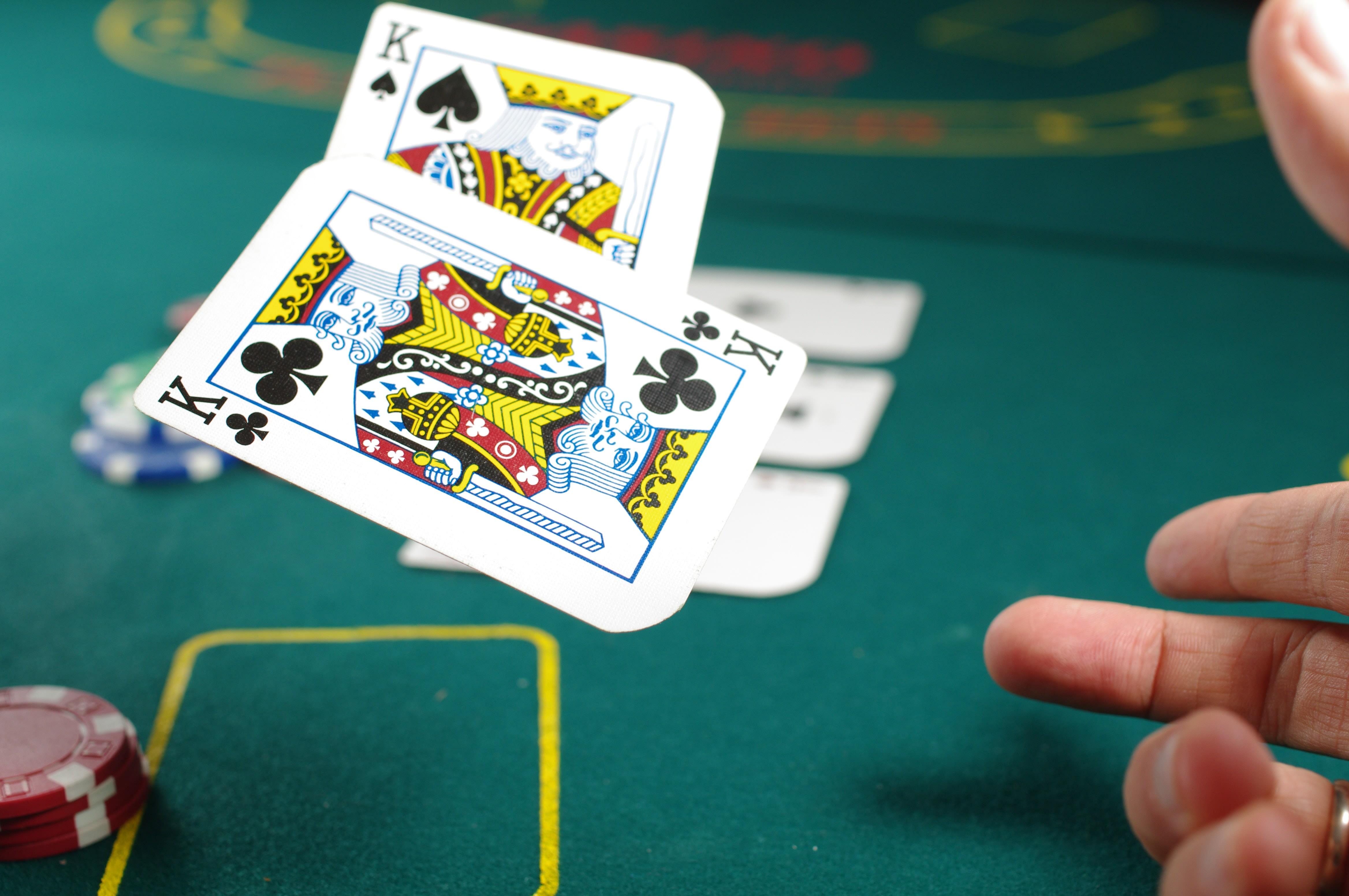 Extreme Texas Hold'em (Evolution Gaming) Review